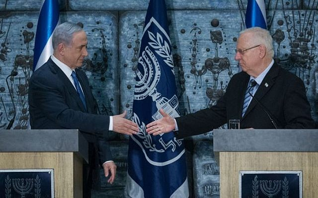 Prime Minister Benjamin Netanyahu meets with President Reuven Rivlin in a ceremony tasking Netanyahu to form the next Israeli government, at the president's residence in Jerusalem on March 25, 2015. (Photo credit: Miriam Alster/Flash90)