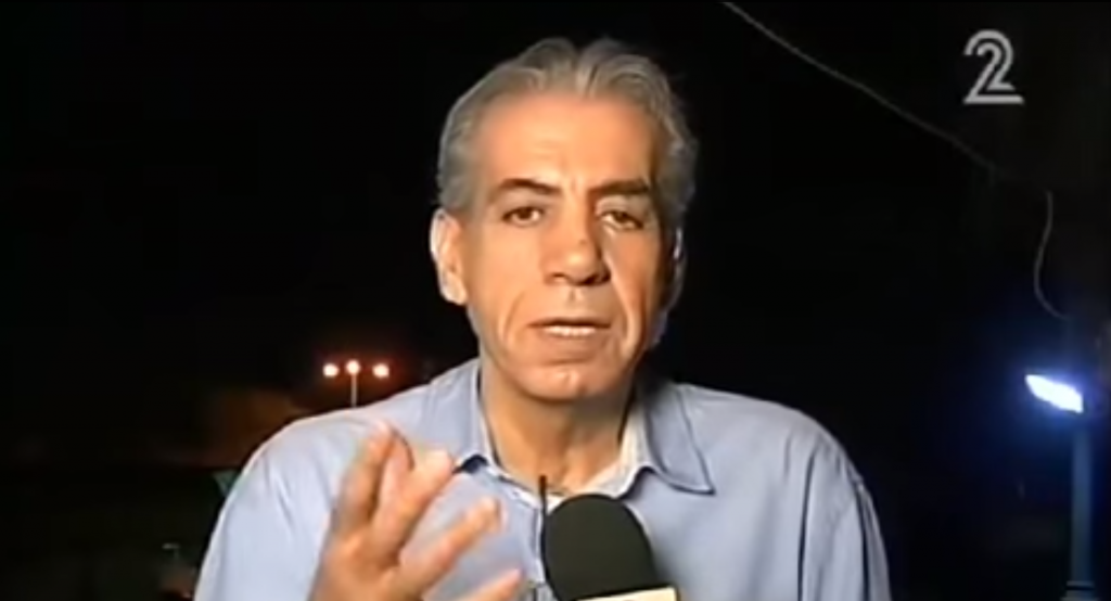 Former Sderot mayor Eli Moyal speaks to Channel 2 during a July 2014 interview in which he criticizes the government's handling of the Gaza war (screen capture: Channel 2/YouTube)