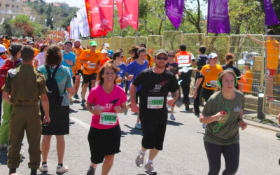 Sima Menora, founder of Dror, in memory of her two teenaged daughters who died in a tragic plane crash, at the 2014 Jerusalem Marathon (Courtesy Sima Menora)