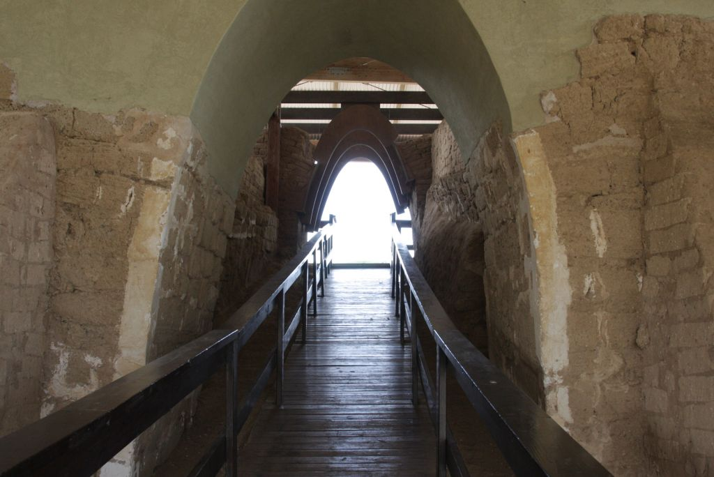 Ashkelon's ancient gate – the oldest in the country (photo credit: Shmuel Bar-Am)