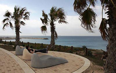 Taking a break on Ashkelon's new promenade (photo credit: Shmuel Bar-Am)