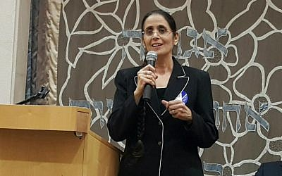 Anat Berko at a pre-election debate in the Ohel Ari Synagogue in Raanana, March 9, 2015 (photo credit: courtesy)
