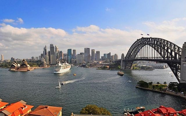 A view of the Sydney harbor. (Photo credit: Sydney image/a> via Shutterstock)