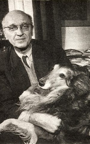 Jan Zabinski, the director of the Warsaw Zoo, helped shelter hundreds of Jews during the Holocaust. (Wikimedia Commons/JTA)