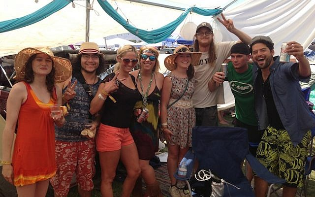 The Shabbat Tent offers a Jewish reprieve from the heat at the Coachella Music and Arts Festival. (Courtesy of Shabbat Tent)