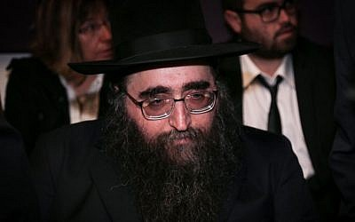 Rabbi Yoshiyahu Yosef Pinto seen in the Tel Aviv District Court, April 14, 2015. (photo credit: Flash90)