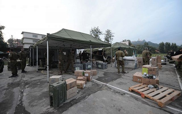 Israeli soldier seen as they setting up a field hospital in Nepal on April 28, 2015. (Photo credit: IDF Spokesperson)