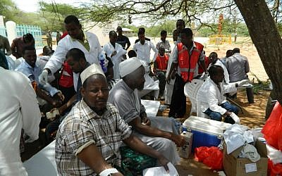 Local residents donate blood at Garissa hospital, Thursday, April 2, 2015. (photo credit: AP Photo)