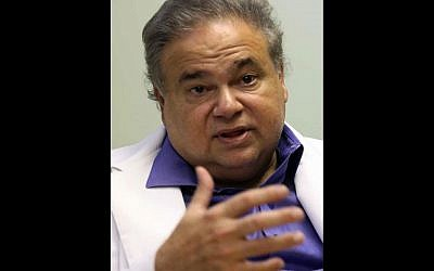 Dr. Salomon Melgen at his office in West Palm Beach, Fla, July 20, 2009 (photo credit: AP/The Miami Herald, Hector Gabino)