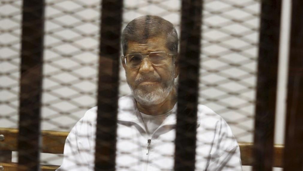 Ousted Egyptian president Mohamed Morsi dies suddenly in