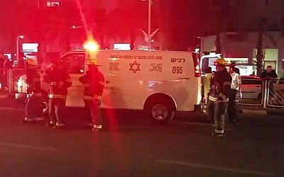 Scene of a grenade attack in Ashdod, April 20, 2015. (screen capture: YouTube/oferash)