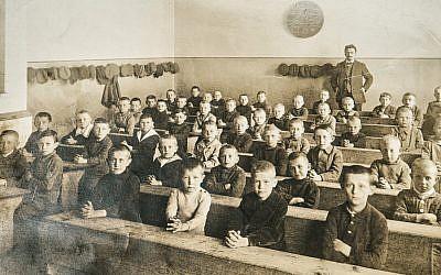 Attention, schoolteachers! This 19th-century Ukrainian Haggadah rings all too true. (Shutterstock/JTA)