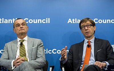 German Ambassador to the US, Peter Wittig (R) speaks alongside French Ambassador to the US, Gerard Araud about the Iranian nuclear negotiations at the Atlantic Council in Washington, DC, May 26, 2015. AFP PHOTO / SAUL LOEB