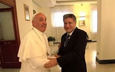 Rabbi Abraham Skorka with Pope Francis in the Vatican, May 21, 2014. (Youtube screenshot / HolylandPilgrimage)