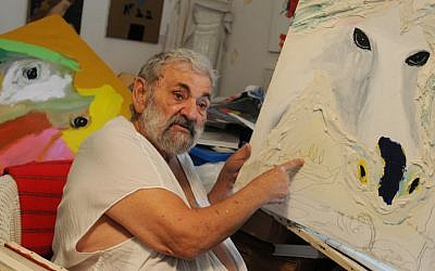 Portrait of Israeli painter and sculptor Menashe Kadishman in his studio in Tel Aviv. December 15, 2011. (photo credit: Deborah Sinai/FLASH90)