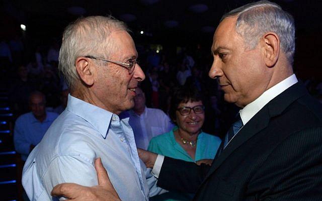 Prime Minister Benjamin Netanyahu (right) and Benny Begin (Haim Zach/GPO/Flash90)