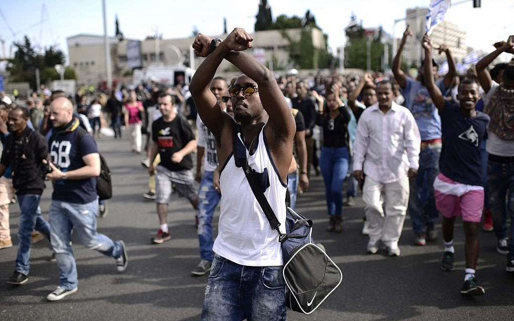 Thousands of Israeli-Ethiopians protest in Tel Aviv against violence and racism on May 3, 2015. (Photo credit: Tomer Neuberg/FLASH90)