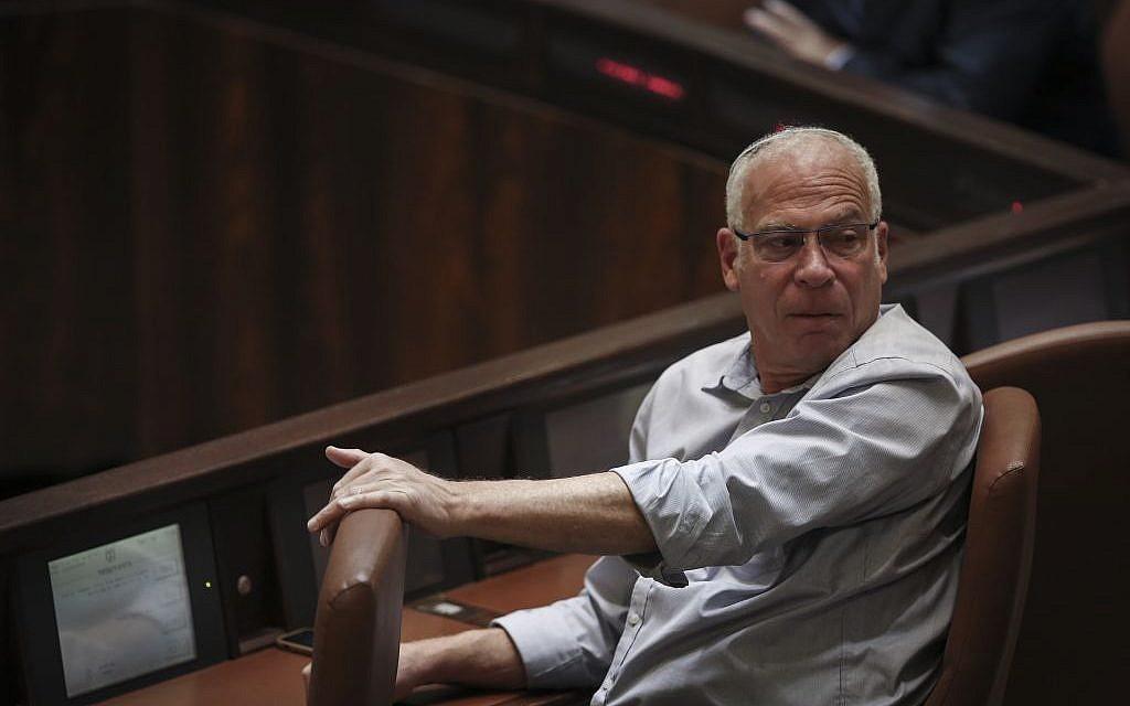 Uri Ariel at the Knesset, May 13, 2015. (Hadas Parush/Flash90)