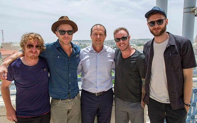 Jerusalem Mayor Nir Barkat with the members of One Republic (Yonatan Sindel/Flash90)