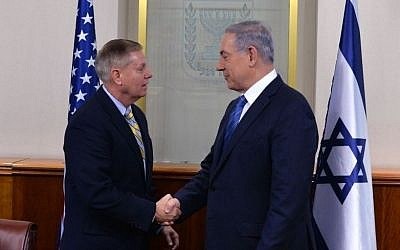 Prime Minister Benjamin Netanyahu meets with US Senator Lindsey Graham in Jerusalem on May 27, 2015 (Photo by Kobi Gideon/GPO)
