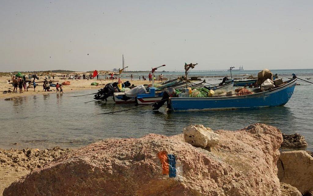 Fishing boats tied up at Jisr az-Zarqa (Eliyahu Kamisher)