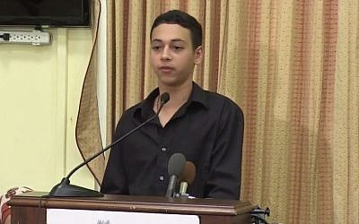 US-Palestinian Florida resident Tariq Abu Khdeir, who was seen in a video being beaten by Israeli police, speaks of his ordeal. (screen capture: YouTube/CAIRtv)