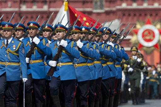 Serbian army soldiers march in Red Square during the Victory Parade marking the 70th anniversary of the defeat of the Nazi Germany in World War II, in Moscow, Russia, Saturday, May 9, 2015. (photo credit: AP Photo/Ivan Sekretarev)