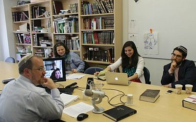 Rabbi Jeffrey Fox, head of Yeshivat Maharat, teaching a class in Jewish law. (Uriel Heilman/JTA)