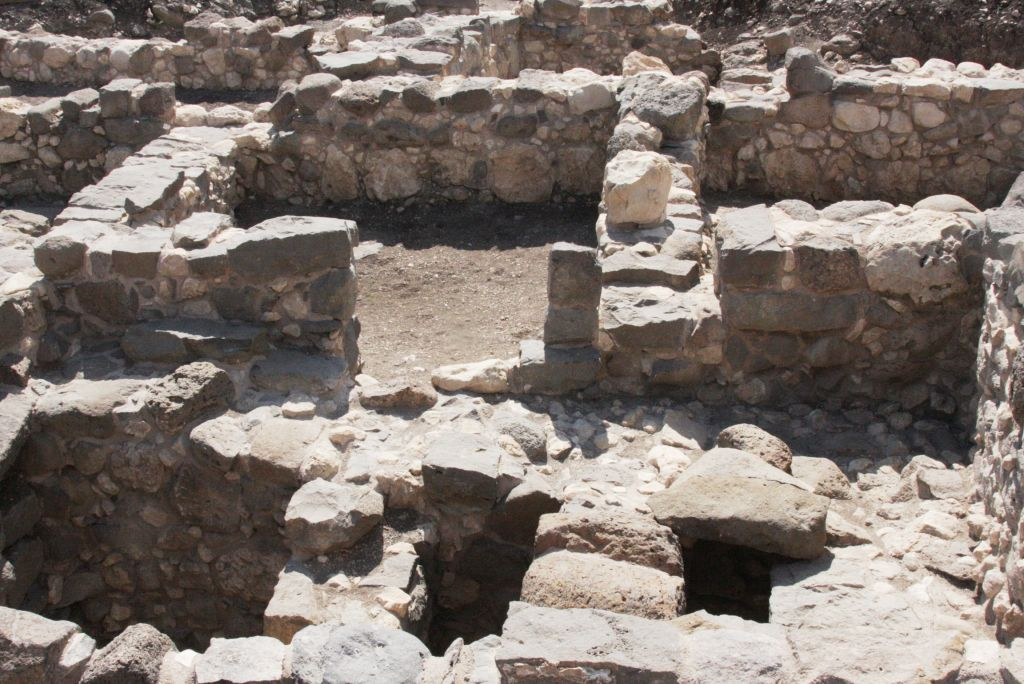 Excavations at Magdala (Shmuel Bar-Am)