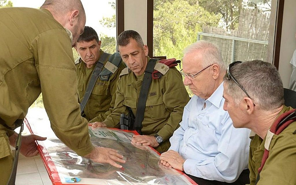 President Reuven Rivlin seen during a visit to the northern border, on May 27, 2015. (Mark Neyman/GPO)
