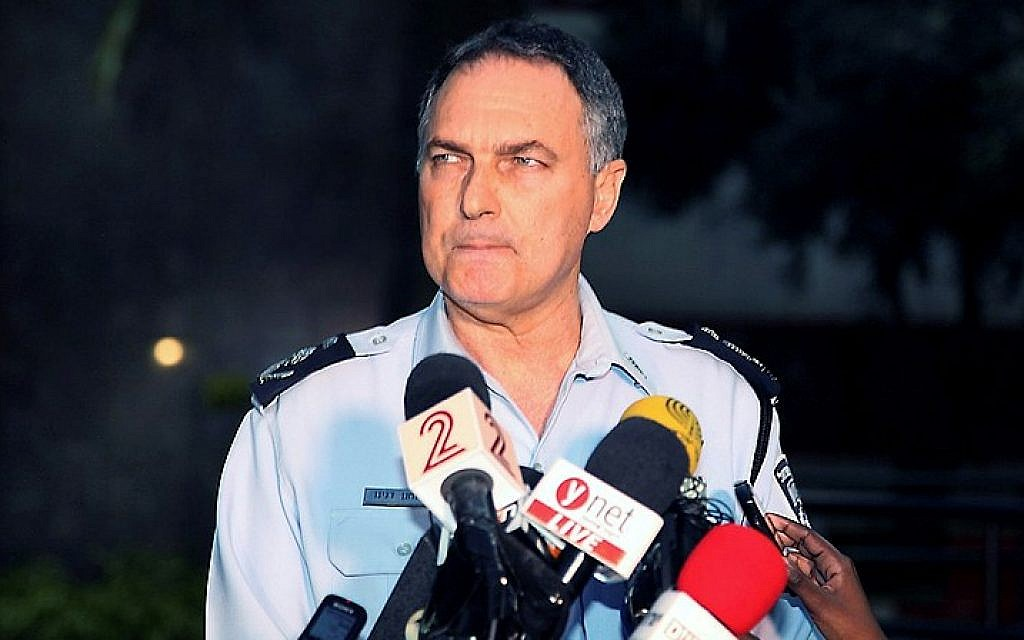 Chief of Israel Police, Yohanan Danino speaks at a previous press conference outside Tel Aviv Police station in 2014. (Photo credit: Gideon Markowicz/Flash90)