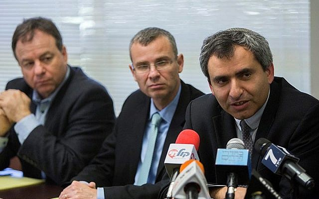 Likud party members Zeev Elkin (R) and Yariv Levin (2L) meet with officials from Jewish Home, a potential coalition party, in the Knesset on March 26, 2015, as Likud begin their coalition talks. (Yonatan Sindel/FLASH90)