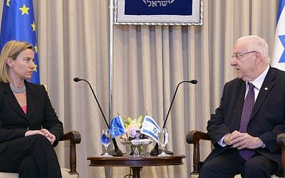 President Reuven Rivlin meets with European Union's foreign policy chief, Federica Mogherini, at the President's Residence in Jerusalem on May 21, 2015. (Mark Neyman/GPO)