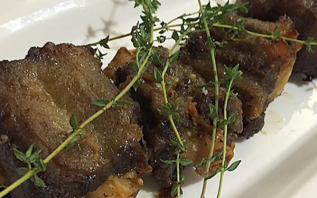 Slow-cooked ox tail from the May 5, 2015 dinner. (YeahThat'sKosher/Instagram via JTA)