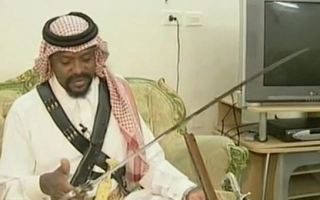 1de4b43436 Illustrative: A Saudi executioner displays his sword. (YouTube /MEMRITVVideos)