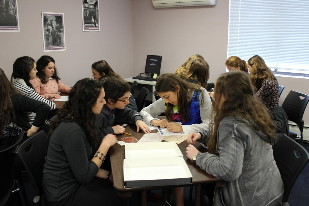 During a recent visit to The Kleinman Family Holocaust Education Center in Brooklyn, students from Ateris Bais Yaakov learned about Yehudith Cohn Goldbart, who fled Germany after Kristallnacht and ended up in Shanghai. (courtesy)