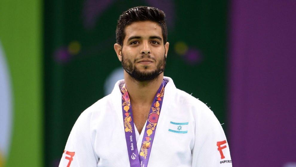 Israeli judoka Sagi Muki with his gold medal at the European Games in Baku, Azerbaijan on June 27, 2015. (Amit Shissel/Israeli Olympic Committee)