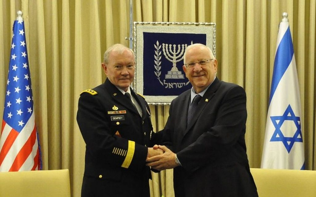 President Rivlin meets Gen. Dempsey, chairman of the United States' Joint Chiefs of Staff on June 10, 2015. (President's Spokesman)