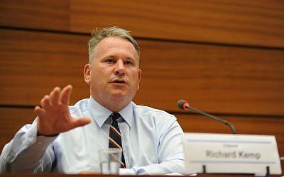 Colonel Richard Kemp speaks at the UN Human Rights Council in Geneva, June 29, 2015 (courtesy UN Watch/ Oliver O'Hanlon)