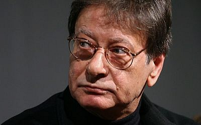 Palestinian poet Mahmoud Darwish seen during a signing for his new book in Amman, Jordan, February 23, 2008 (AP/Nader Daoud)