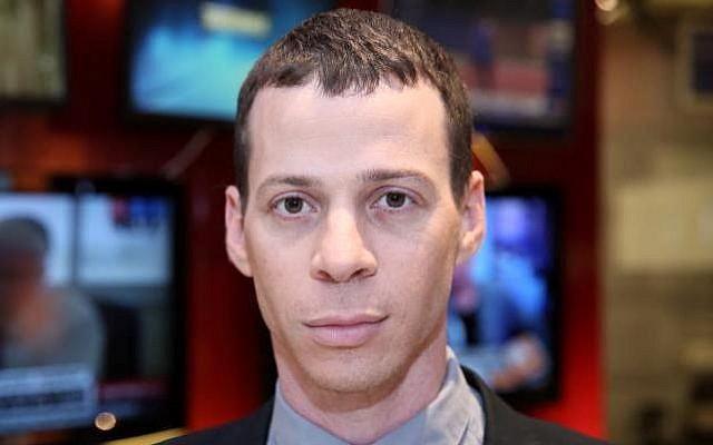 Israeli journalist Amit Segal. (CC BY-SA Hanay/Wikimedia Commons)