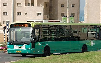 "Illustrative:"" An Egged Ta'avurah bus. (Effi Elians/Wikimedia/CC BY-SA 3.0)"