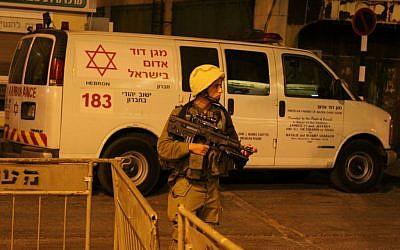 An MDA ambulance in Hebron in 2012. (illustrative photo: Gershon Elinson/FLASH90)