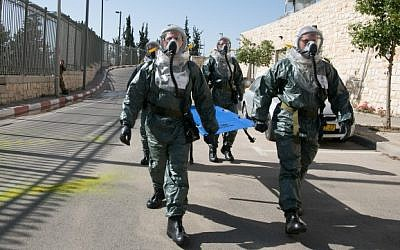 Members of the Knesset Honor Guard, Home Front Command, Firefighters, IDF, and Israel Police, participate in an emergency drill at the Knesset, on May 21, 2015.  (Yaniv Nadav/Flash90 )