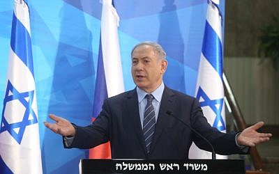 Prime Minister Benjamin Netanyahu holds a press conference with Czech Foreign Minister Lubomir Zaoralek in Jerusalem, on June 8, 2015. (Marc Israel Sellem/POOL)