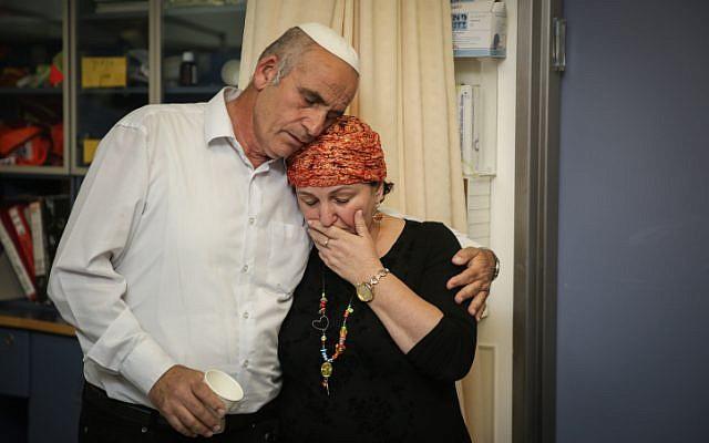 Sara and Eliezer Rosenfeld at Shaarei Tzedek hospital in Jerusalem on June 30, 2015. (Hadas Parush/Flash90)