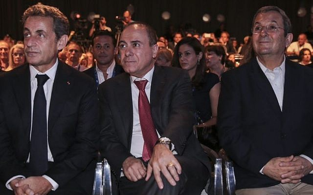 Minister of Interior Silvan Shalom (center) sits with former president of France, Nicolas Sarkozy and former prime minister Ehud Barak, at the Herzliya Conference, on June 8, 2015. (Photo by FLASH90)