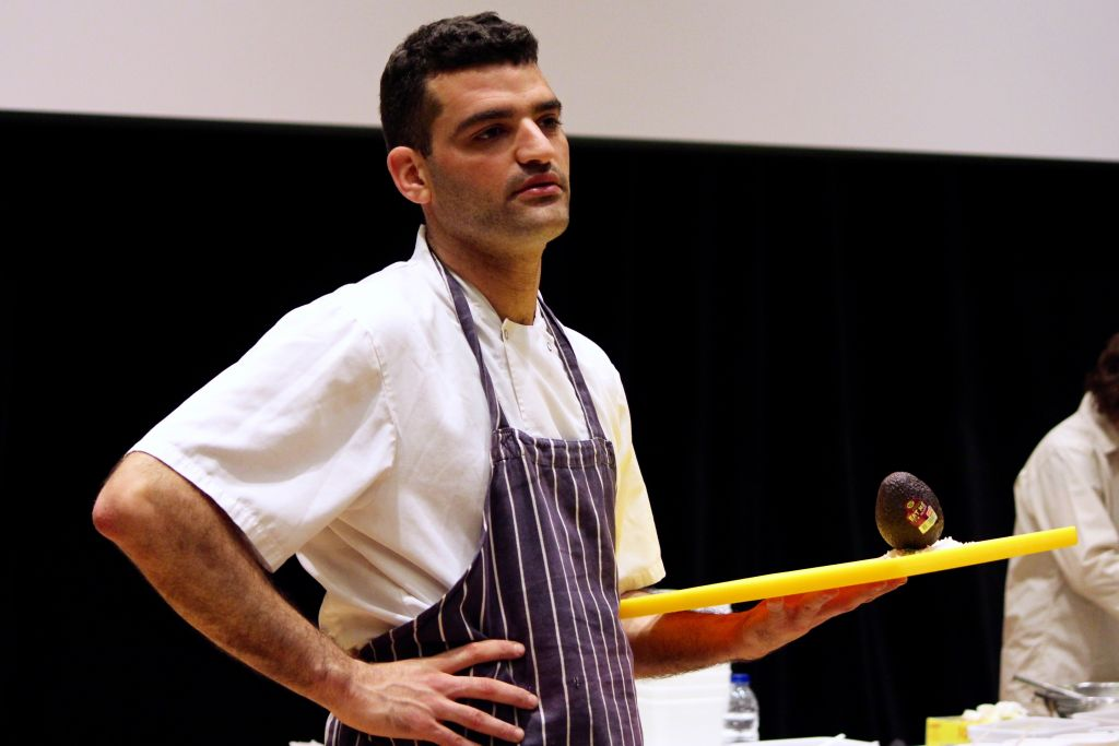 'Mr. Salad' Or Golan demonstrates to Londoners the art of flavorful cooking at this weekend's Gefiltefest on June 28, 2015. (Zoe Paskett)