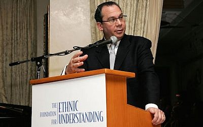 Rabbi Marc Schneier speaking at a benefit for the Foundation for Ethnic Understanding in New York City in March, 2007. (Bryan Bedder/Getty Images, via JTA)