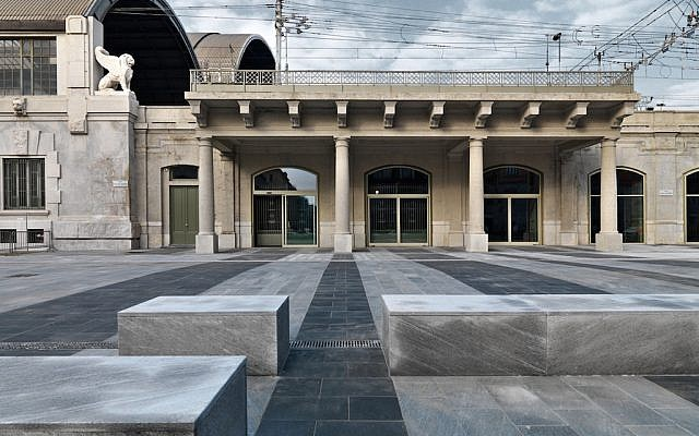 The exterior of Milan's Holocaust Memorial at the site of the notorious Platform 21, where Jews were deported to death camps during World War II, June 22, 2015. (Rossella Tercatin/The Times of Israel)